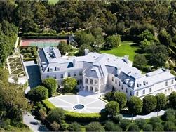 Binnenkijken in het 200 miljoen kostende droomhuis van de Beckhams in Los Angeles