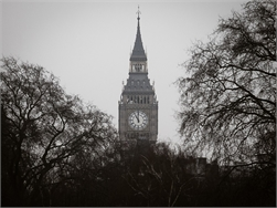 Big Ben zwijgt even voor dringende reparatie