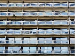 Aantal woningen stijgt sneller dan aantal gezinnen