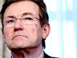 Van Overtveldt wil stresstest voor Belgische woonleningen